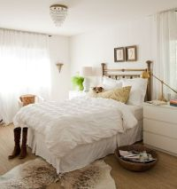 Cowhide rugs and a few ways of using them in your interior ...