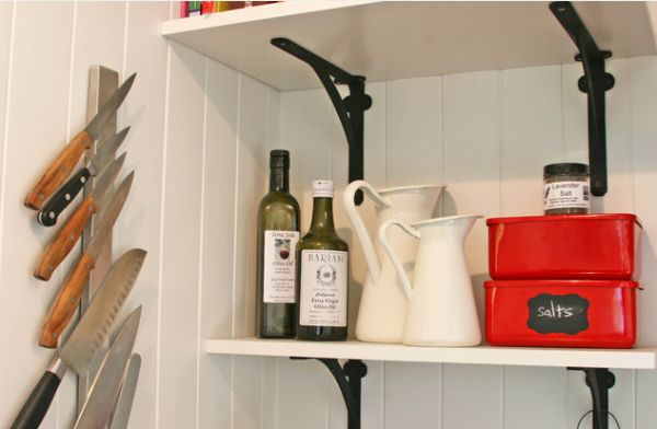 kitchen cabinet spice rack best sink material the advantages of having a magnetic knife holder in ...