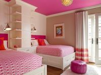 Space-efficient and chic shared girls bedroom design ideas