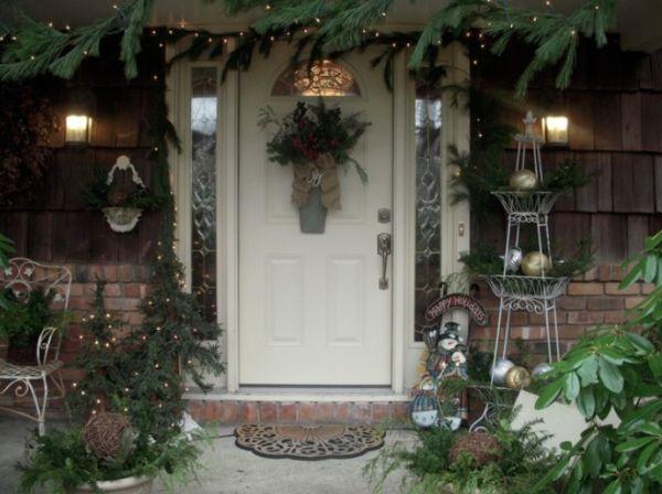 7 Christmas Entryway Dcor Ideas