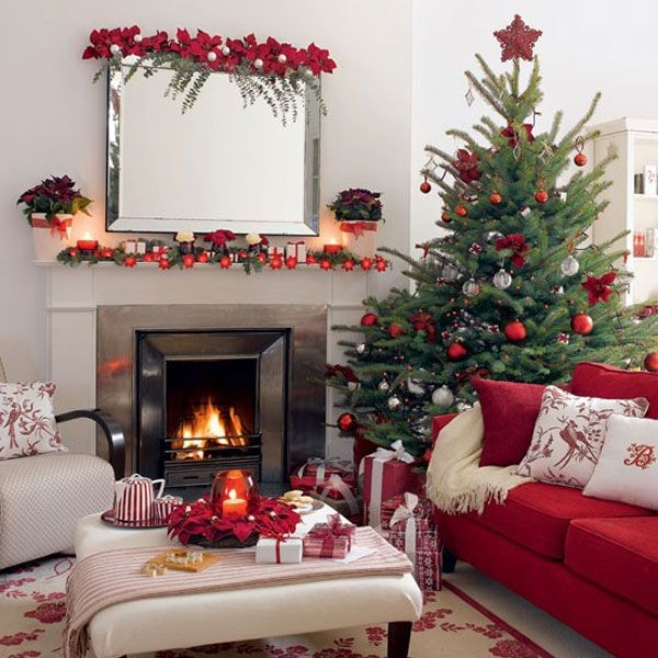 Christmas Tree With Red Decorations