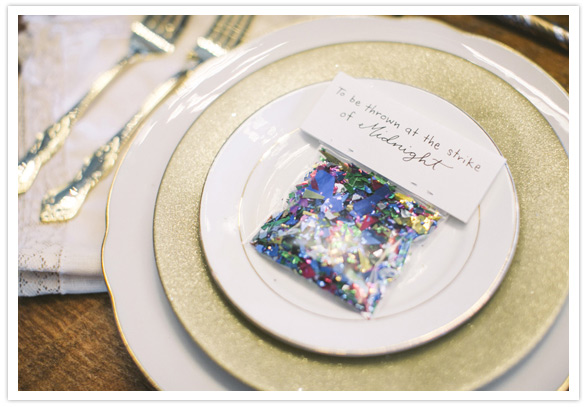 5 Place Setting Ideas For Your New Years Eve Dinner Party