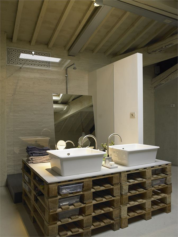 A modern loft where reclaimed pallets were cleverly integrated into the design