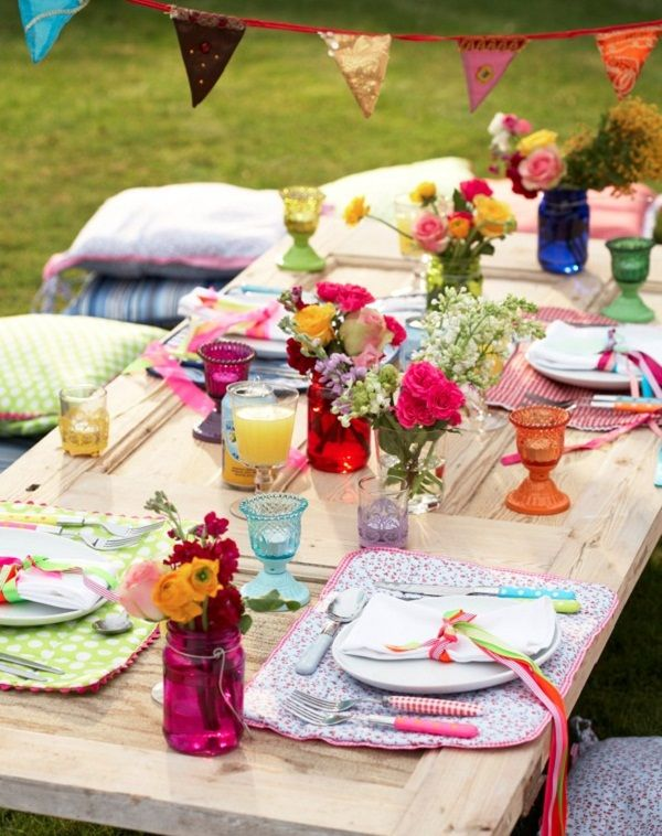 Unique Rustic Outdoor Wedding Table Ideas