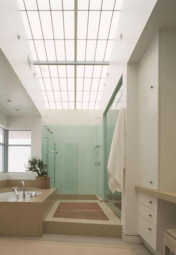 Six Stunning Uses Of Skylights in Bathrooms