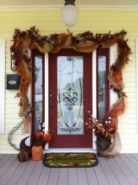 Get Into The Seasonal Spirit - 15 Fall Front Door Dcor Ideas