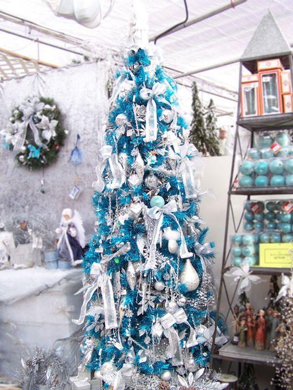 decorating for christmas theme