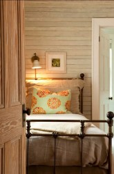 cottage bedroom achieve farmhouse walls bedrooms wall cabin bed decor lights decorating homedit whitewashed wood whitewash houzz headboard reading farm