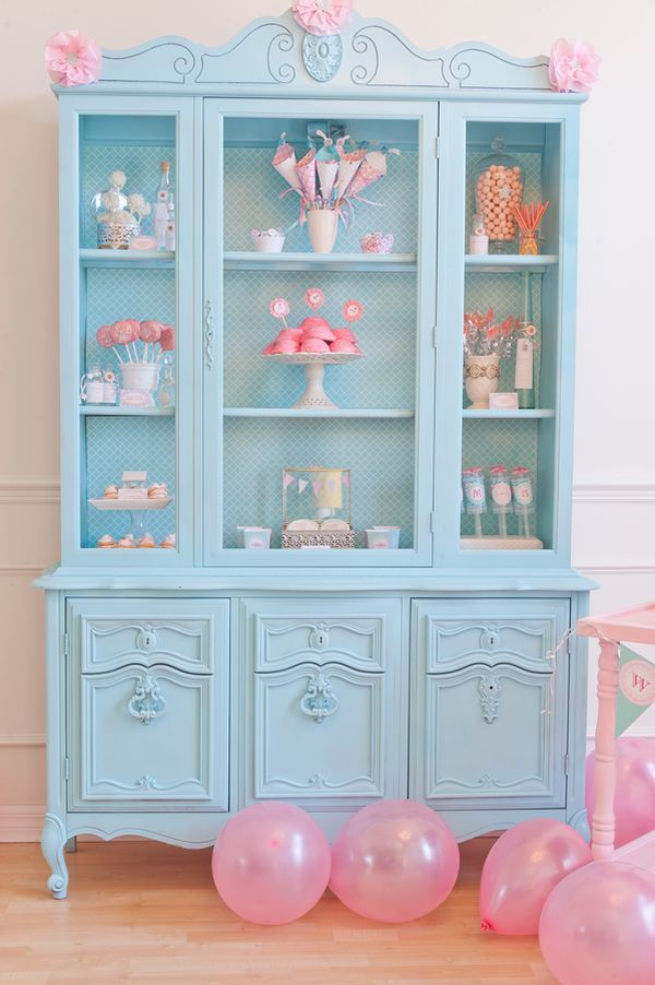 Whats Inside The China Cabinet Organized Amp Styled