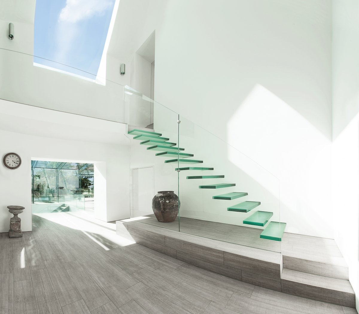 20 Glass Staircase Wall Designs With A Graceful Impact On The | Modern Staircase Window Design | Architecture | Small House Stair | Section Window | Elegant | Wooden