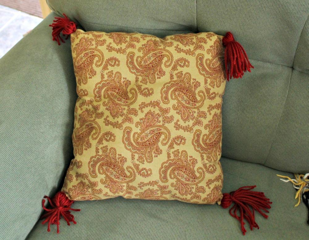 DIY Tassel Pillows