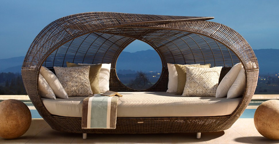 20 modern outdoor accessories for a