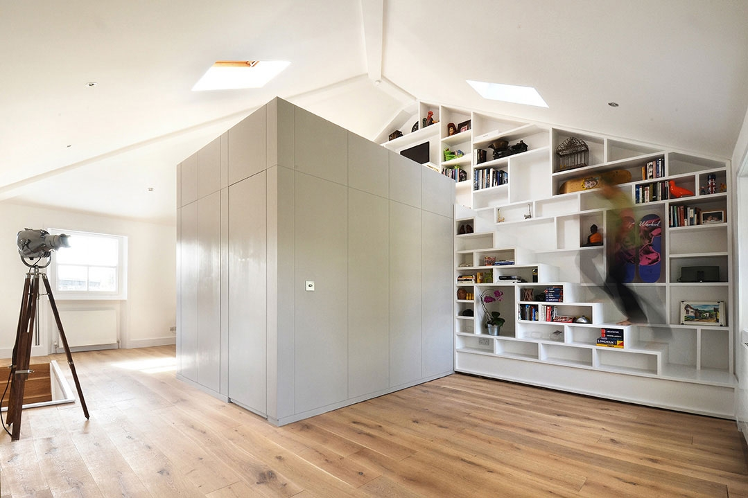 Compact Stairs – The First Step Towards A Happy Tiny Home | Loft Stairs For Small Spaces | Child Friendly | Studio Apartment Minimalist | Corner | Steel | Loft Staircase