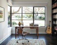 How To Make A Strong And Firm Statement With Black-Framed ...
