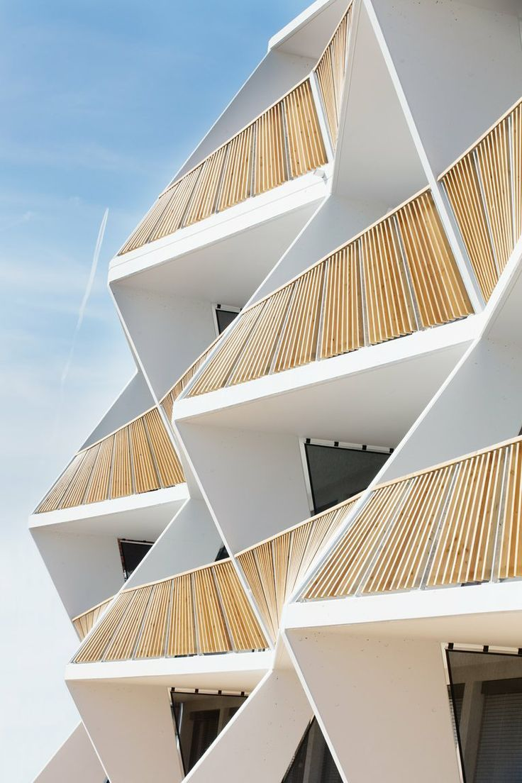 35 Cool Building Facades Featuring Unconventional Design