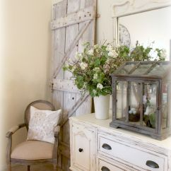Shabby Chic Small Living Room Ideas Leather Sofa Pictures 52 Ways Incorporate Style Into Every In Your Home Entryway