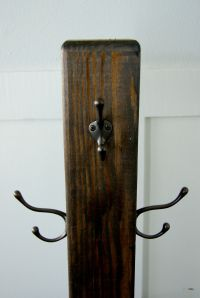 Wooden Coat Rack With Hooks - Tradingbasis