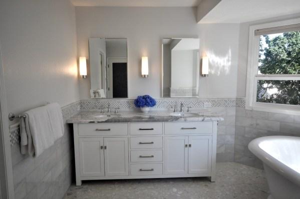 master bathroom tile design ideas 20 Functional & Stylish Bathroom Tile Ideas