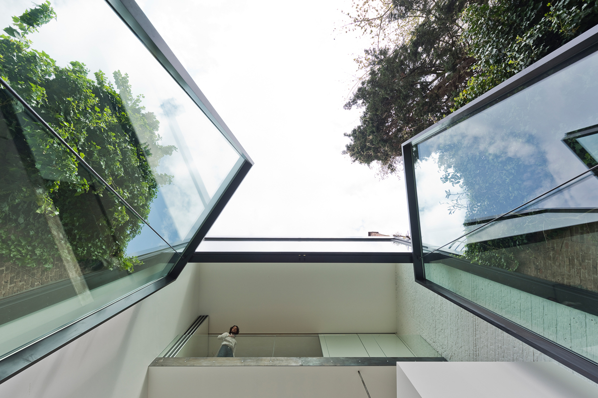 Contemporary House Extension Features The Worlds Largest