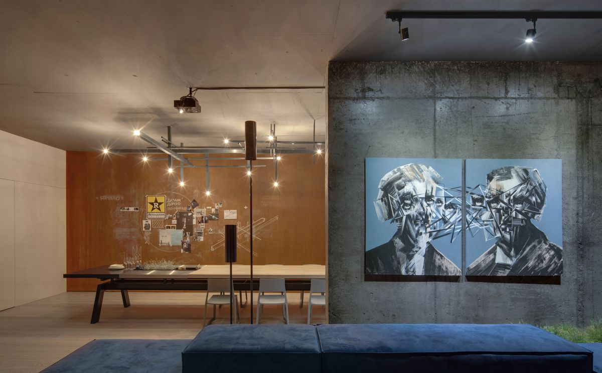 Minimal Urban Apartment Stays Open Yet Feels Cozy