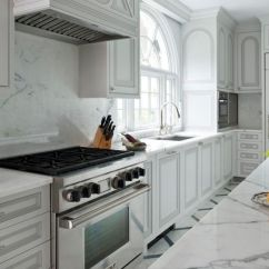 Different Color Kitchen Cabinets Tiny House Layout 20 Kitchens With Stylish Two Tone Outlined