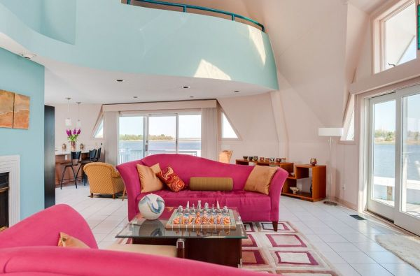 pink and aqua living room Pink Sofas: An Unexpected Touch Of Color In The Living Room