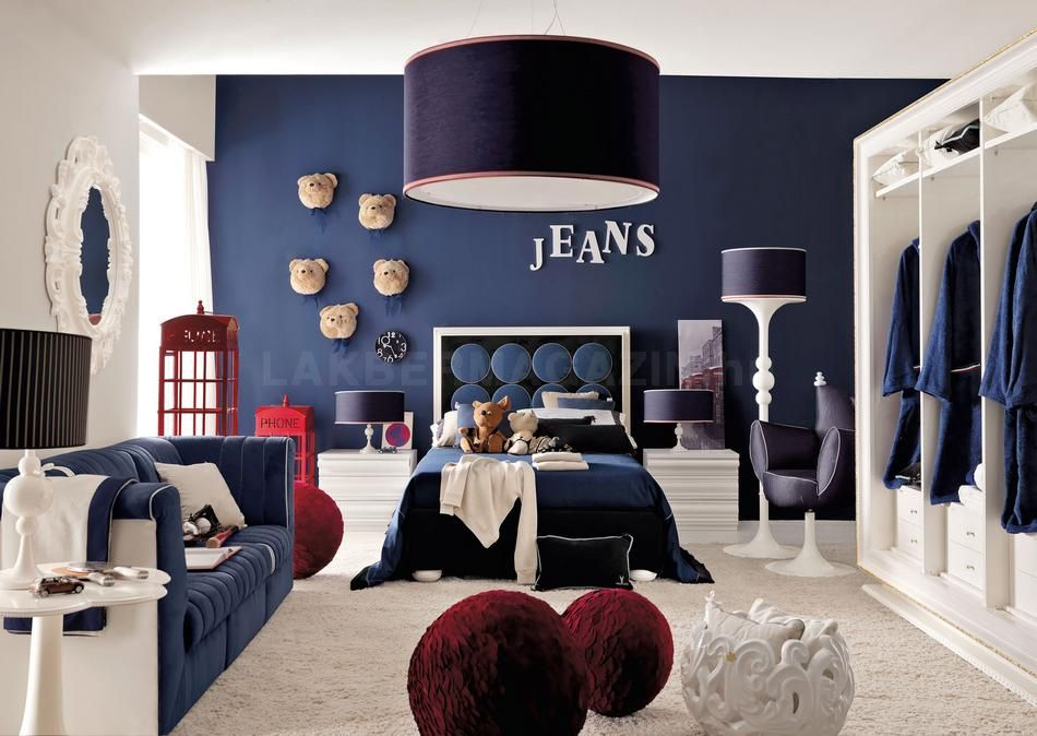 navy blue and red living room ideas cafe bar gallery 20 colors that jive well with rooms teenage in accents