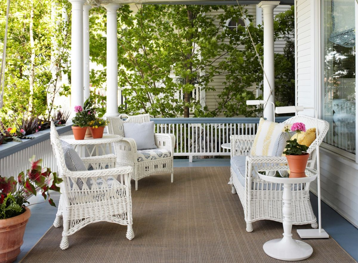 Wicker Chairs Indoor Summer Decors Infused With White Wicker Furniture