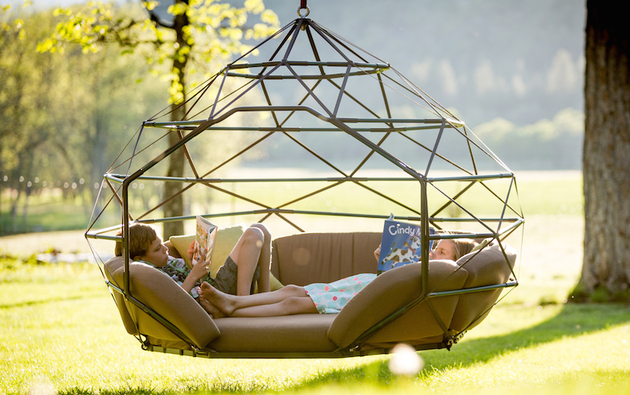 hanging tree swing chair for bedroom diy modern chairs take the coziness outside kodama zome lounge