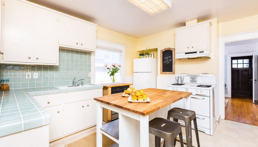 tile for kitchen countertops chairs ikea make a comeback know your options light blue tiles countertop