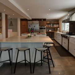Kitchen Bar Chairs Diy Bench With Storage Black And White Stools How To Choose Use Them Modern In