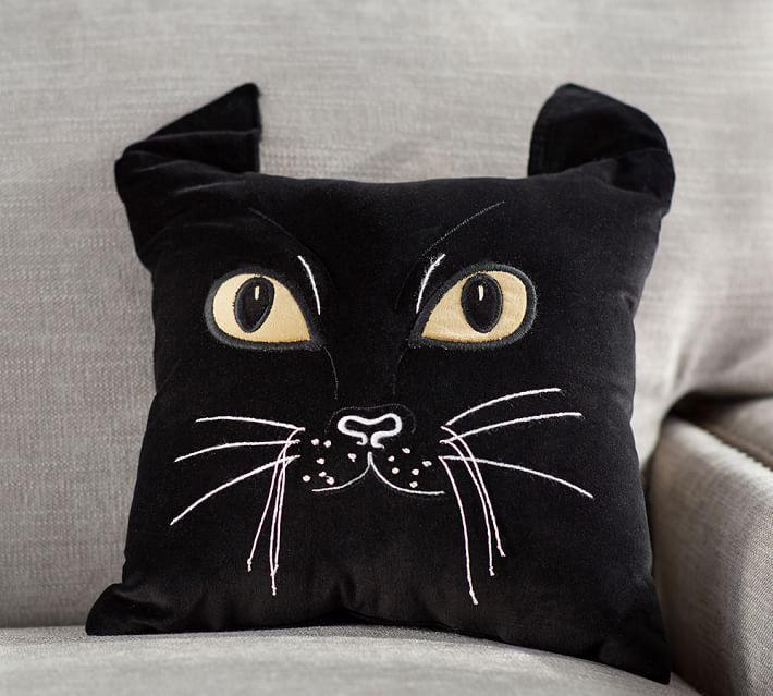 25 Throw Pillows Fall Edition