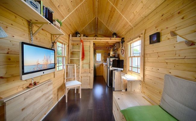 Live A Big Life In A Tiny House On Wheels