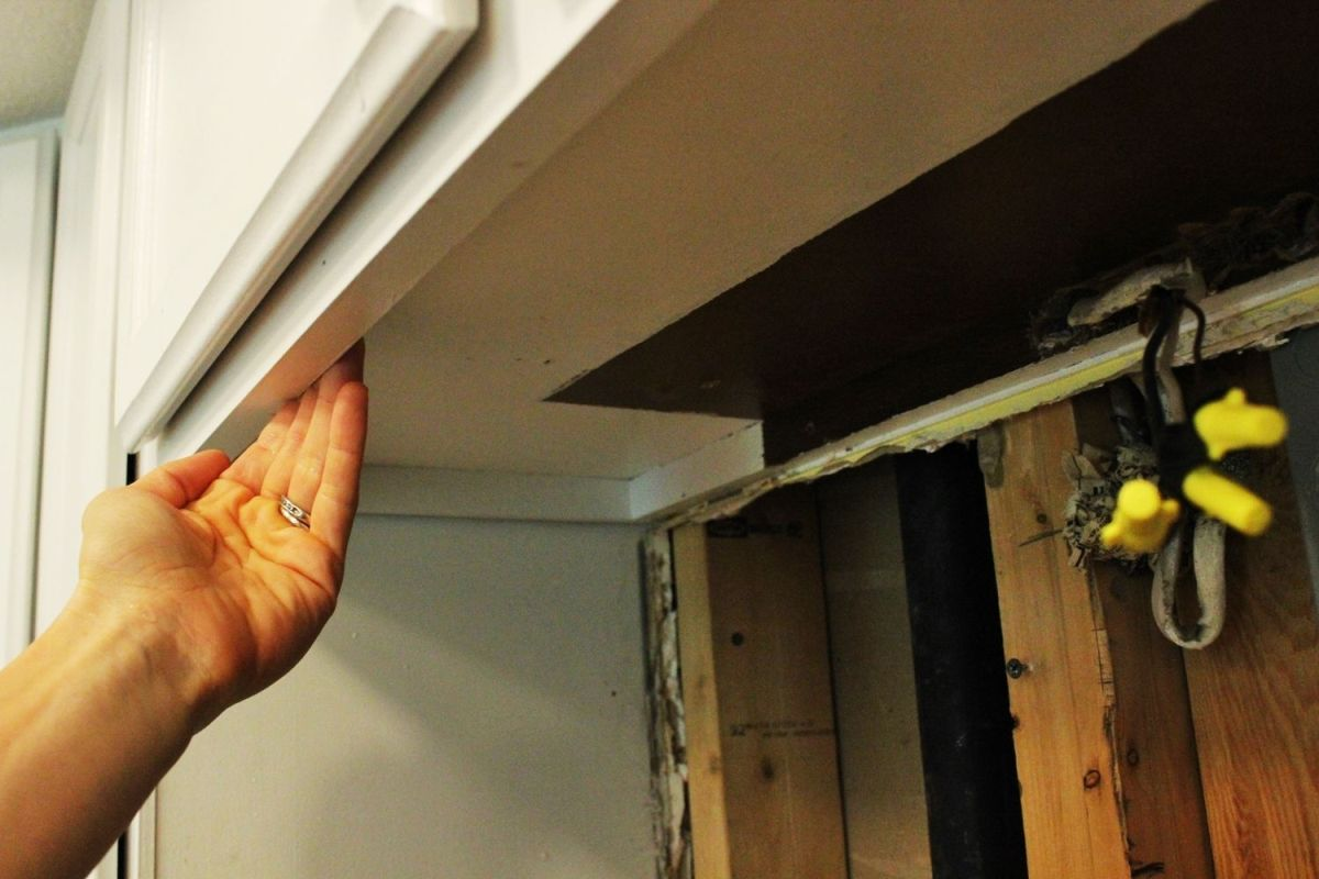 How To Install A Light Fixture Wiring