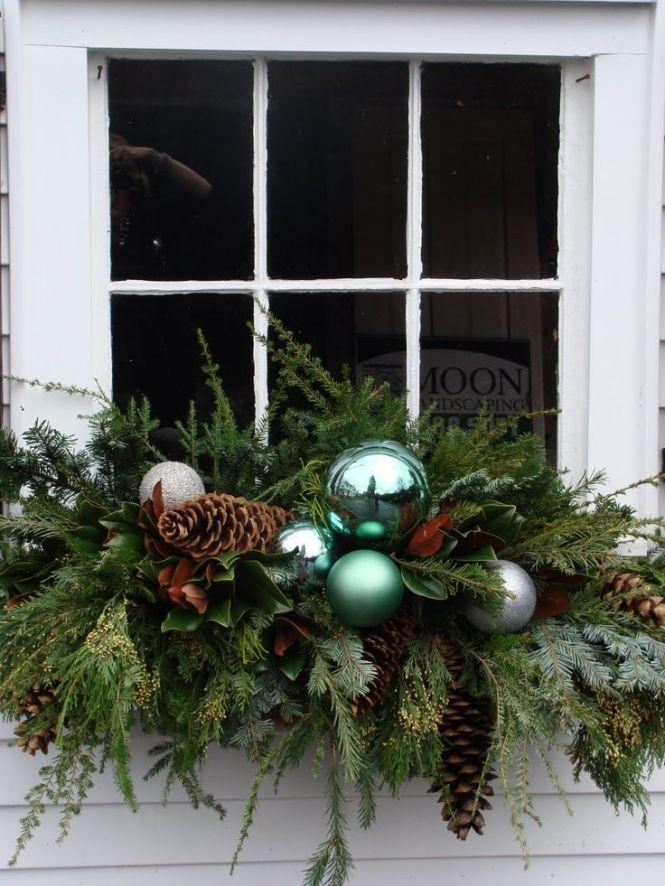 Lantern In Outdoor Planter For Winter Amanda Carol At Home Via Remodelaholic