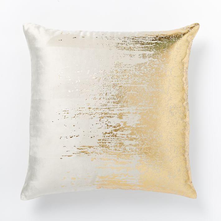 25 Throw Pillows Winter Edition
