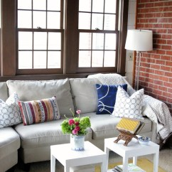Living Room Without Coffee Table Ideas Images Of Grey Painted Rooms Utilize What You Ve Got With These 20 Small Decorating Clear The Clutter