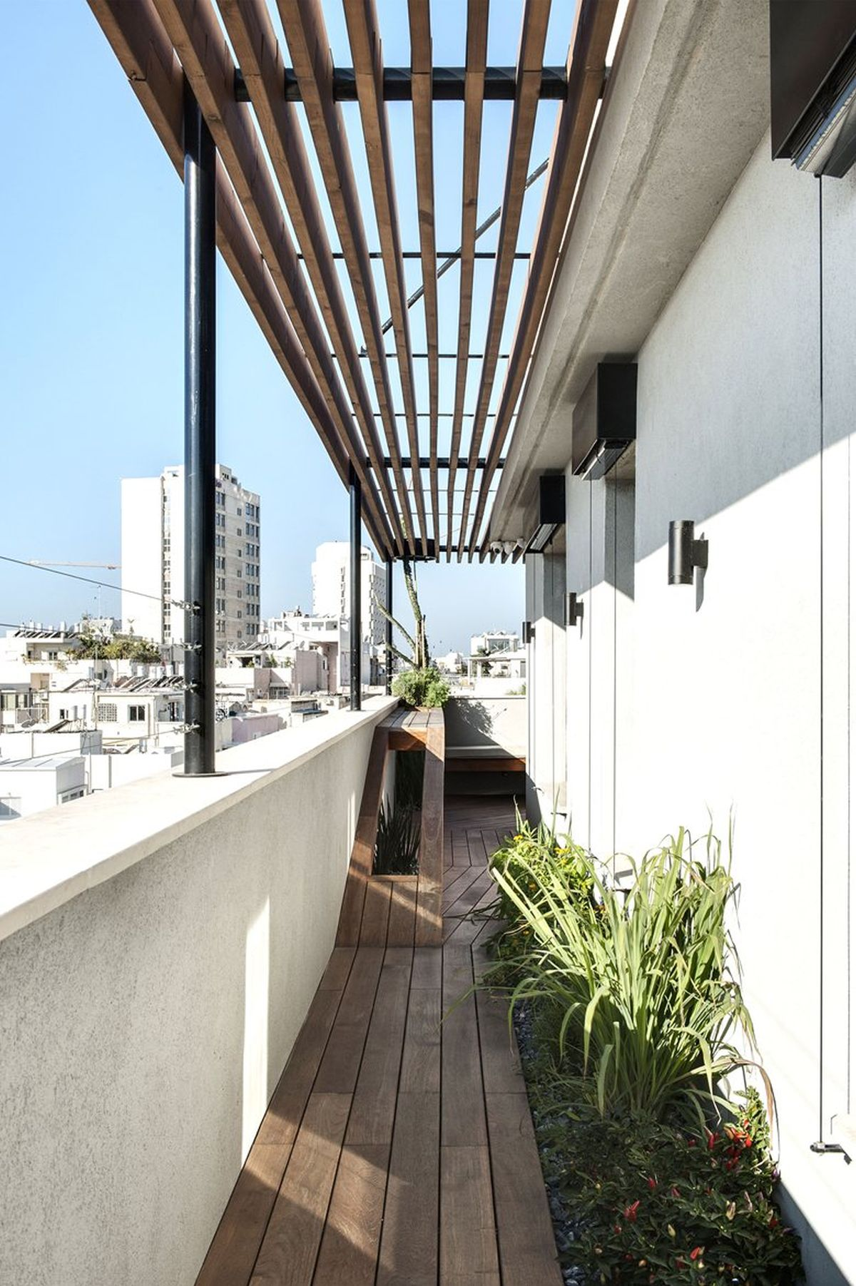 Duplex Penthouse With Roof Terrace Gets A Graphical Redesign