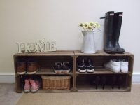 Shoe bench from wood crates - Home Decorating Trends - Homedit