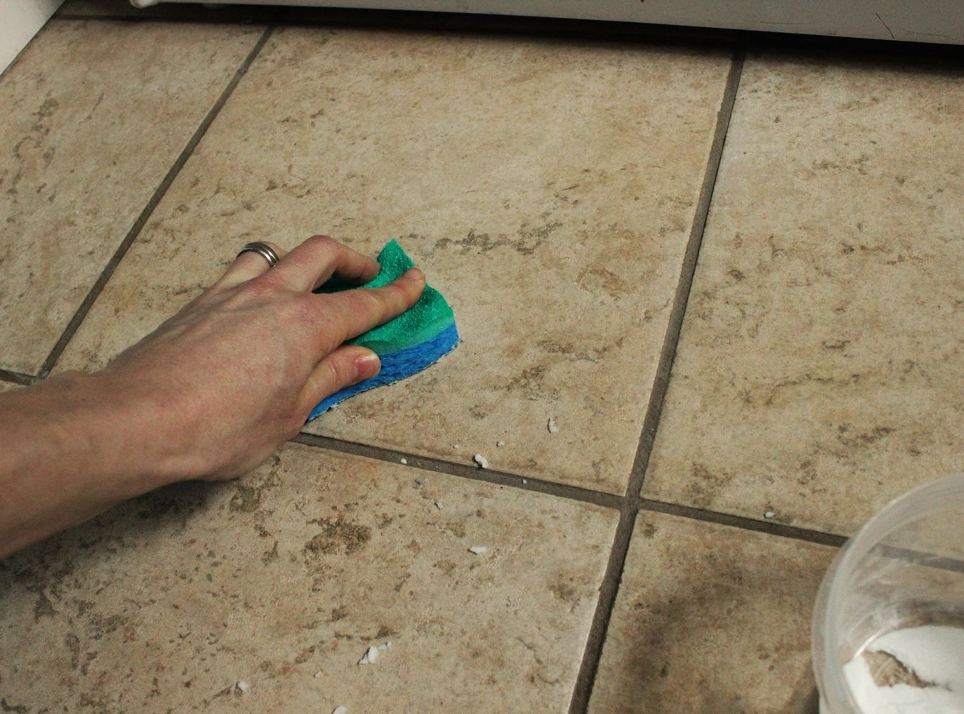 How To Clean Bathroom Tile Grout Diy Natural Tile Or Grout Cleaner