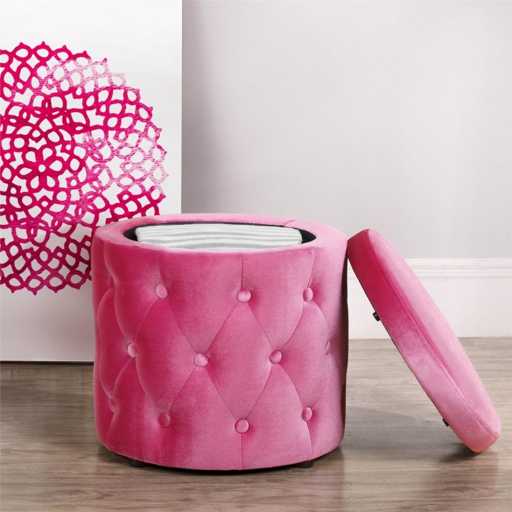 Decorating Round Tufted Ottoman With Buttons And Pink