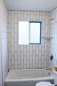 How to Tile a Shower-Tub Surround, Part 2: Grouting ...