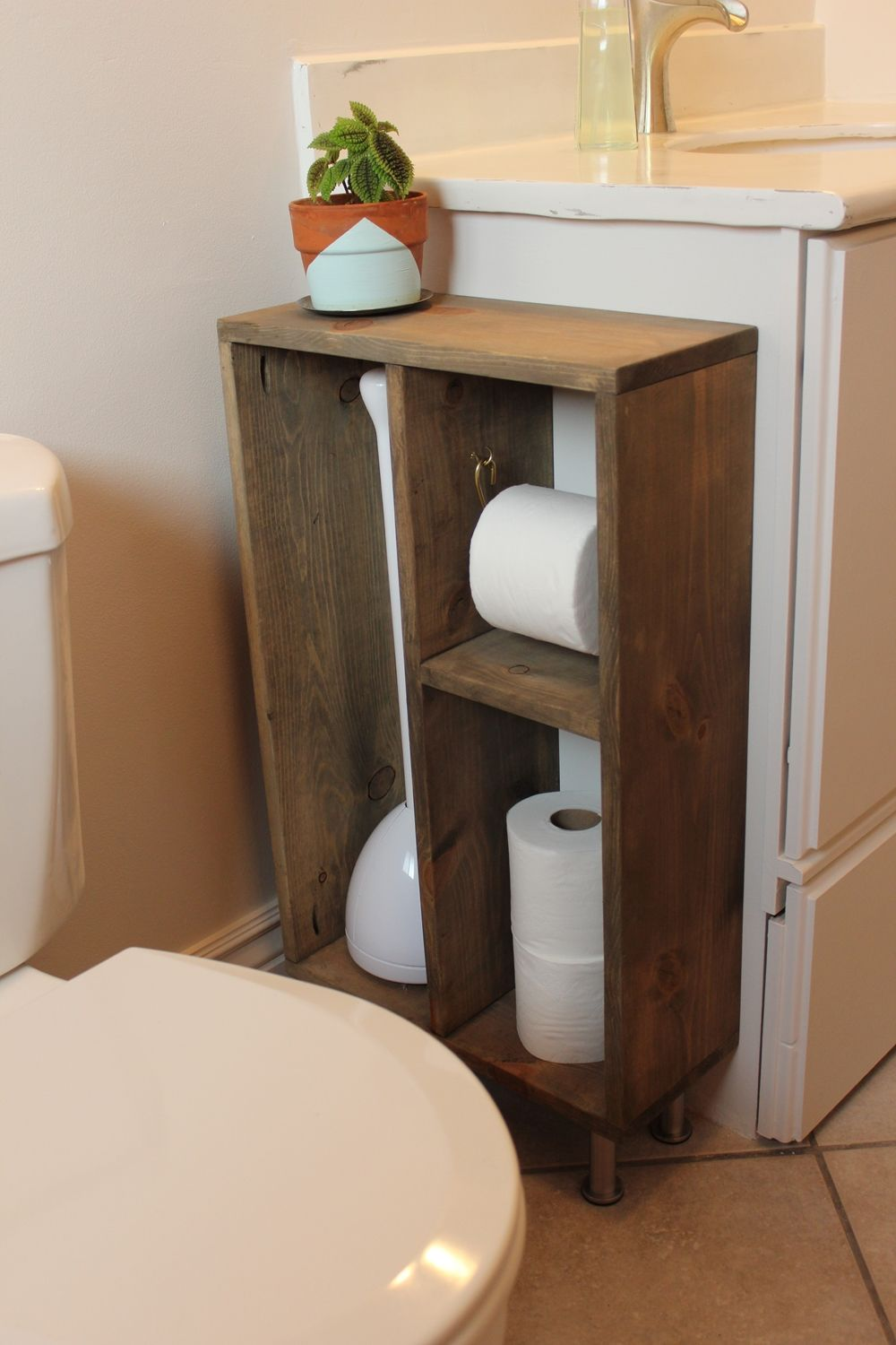 Hide Unsightly Toilet Items With This Diy Side Vanity