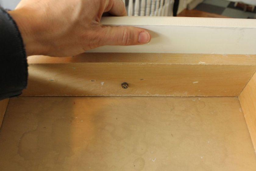 DIY Upgrade Bathroom Vanity -new knob