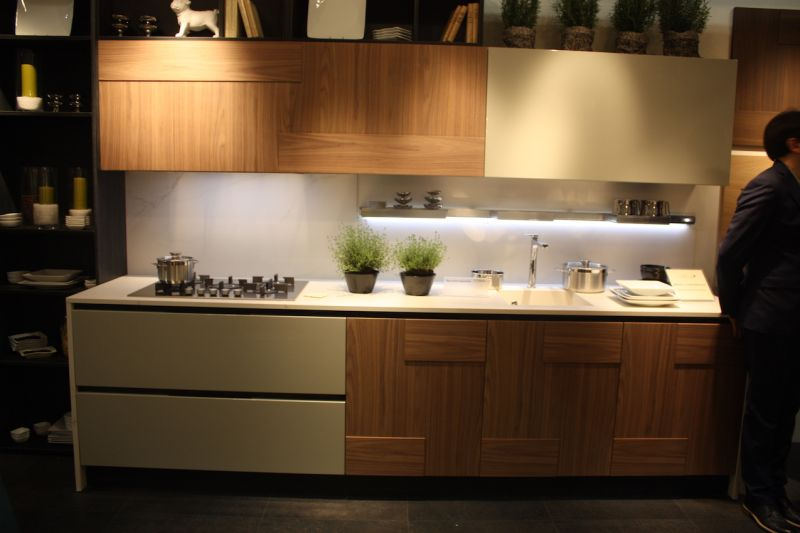 Mixed Kitchen Cabinets Wood Kitchen Cabinets Just One Way To Feature Natural Material