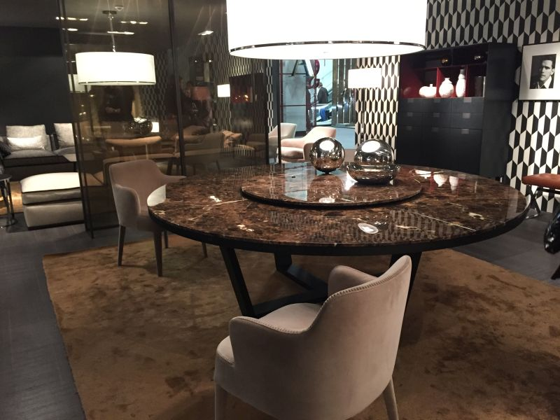 round chair on stand kitchen table and chairs ireland 99 dining room tables that make you want a makeover