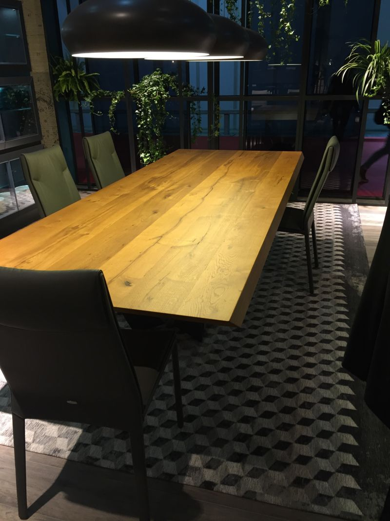 Solid wood on a dining table top
