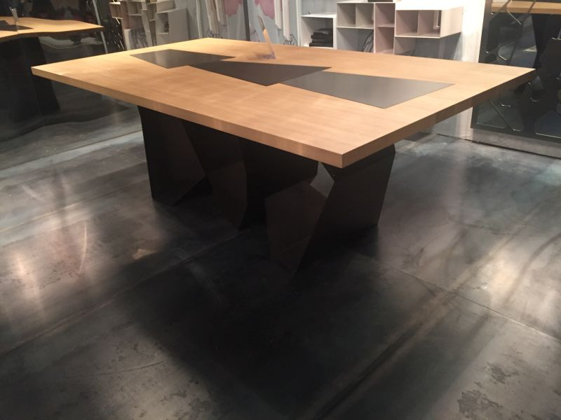 Wood dining table top with metalic insertion