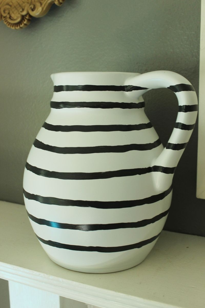 DIY Hand Painted Striped Vase- let it dry