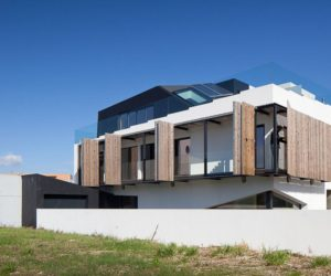 Dynamic house screens design open